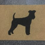 AIREDALE TERRIER-black on tan